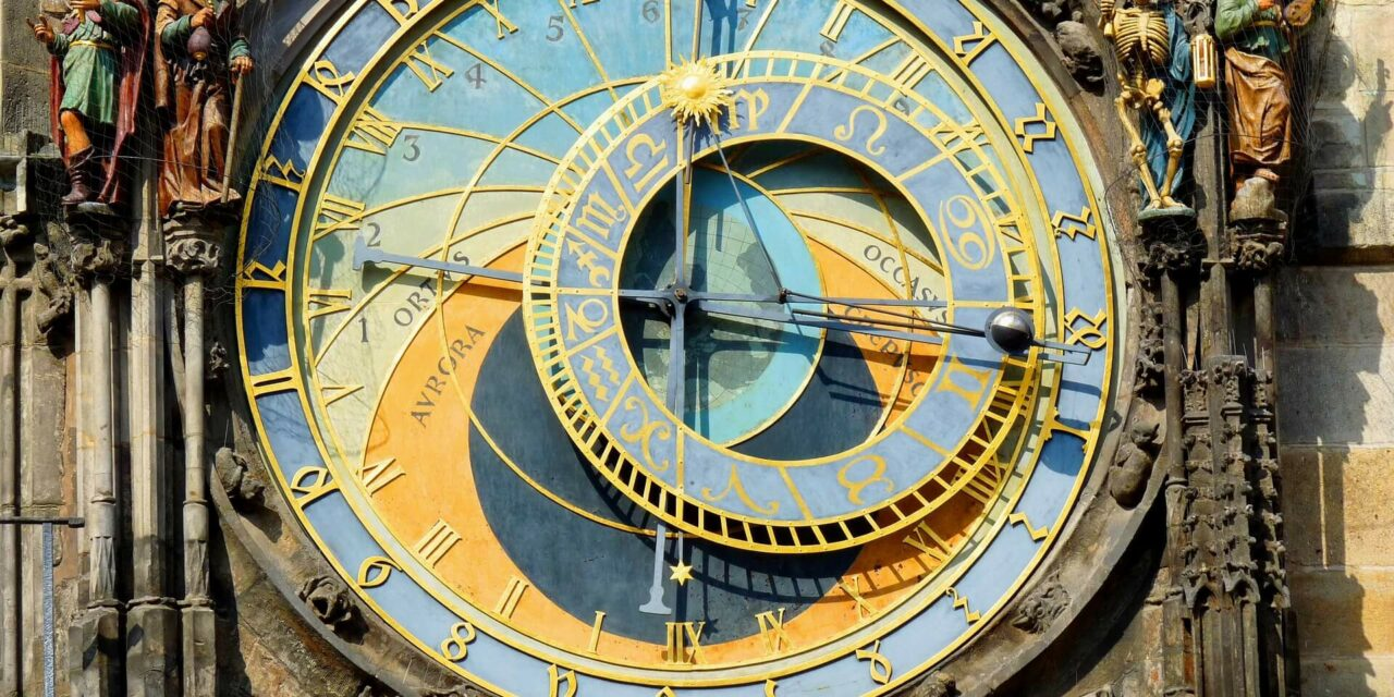 https://www.todoinprague.com/wp-content/uploads/2020/02/prague-astrological-clock-1280x640.jpg